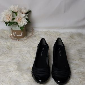 CL by Laundry Black Wedge Flats